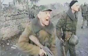 Rus Askerlerin Çeçen Aileyi Öldürüp Videoya Kaydettiği İddiası