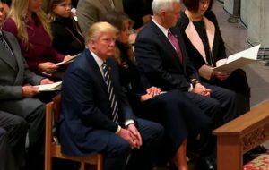 Donald Trump'ın Koronavirüs Sonrası Kuran Dinlediği İddiası